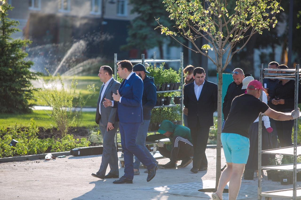 В Воронеже прошло техническое открытие Советской площади и запуск первого в городе сухого фонтана